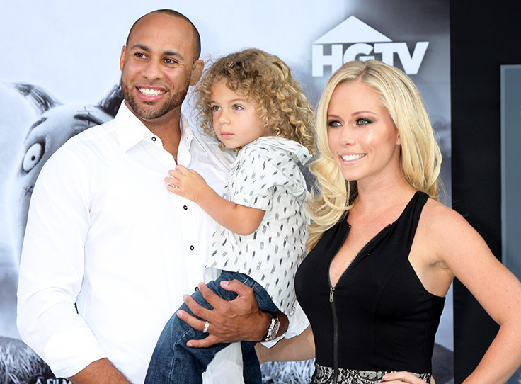 Hank-Baskett-and-Wife-Kendra-Wilkinson and son IV