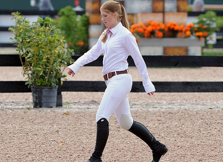 jennifer-katharine-gates-horse-riding