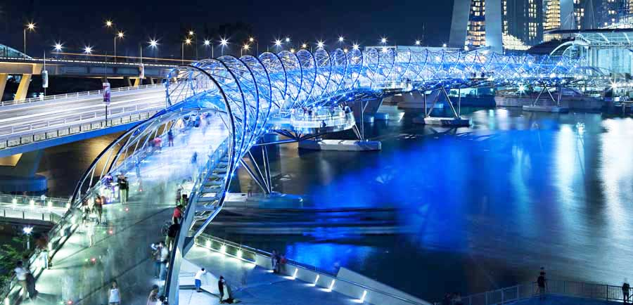 Helix-Bridge-Singapore-design-by-Cox-Rayner-Architects-image-1