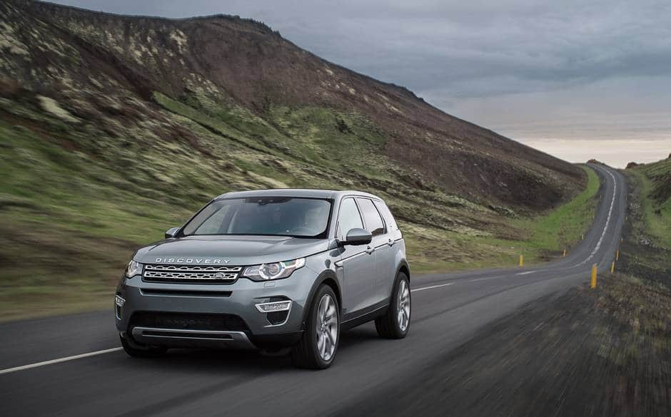 Land-Rover-Discovery-Sport2