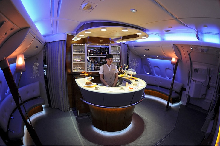 Emirates_Airbus_A380-861-Onboard-Bar