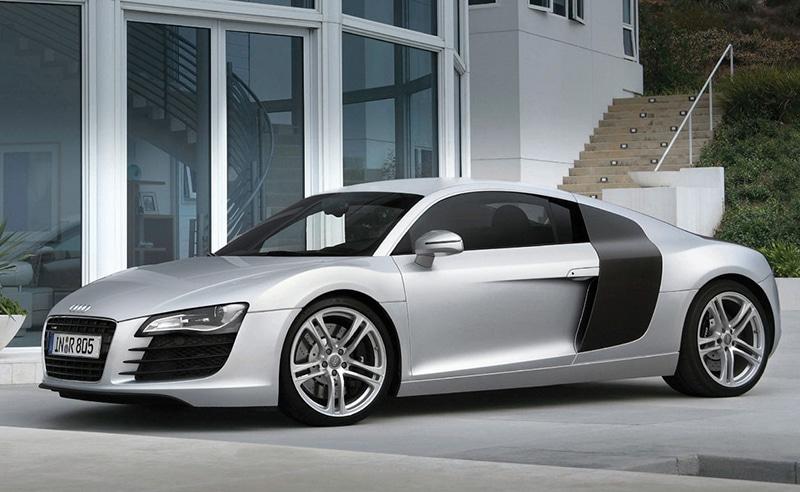 Audi-R8-V-8